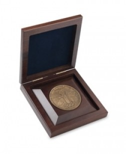 Solid Walnut Medallion Box with 3 Rout
